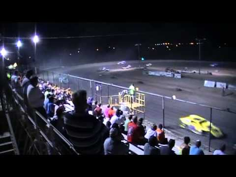 #03 Dillon Smith IMCA Mod feature win, Texas Thunder Speedway 8/10/13
