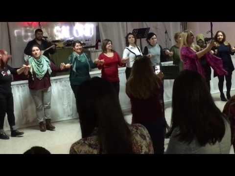 Pınar Aydınlar - Halay Potpuri