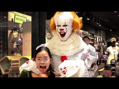 2019 Scare Pranks Compilation (From Pennywise back to Night King)