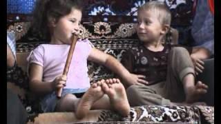 Смотреть клип Zdob Si Zdub - Boonika Bate Doba