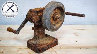 Реставрация старинного ручного точильщика с коленчатым валом