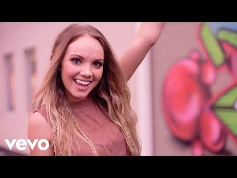 Danielle Bradbery - Friend Zone