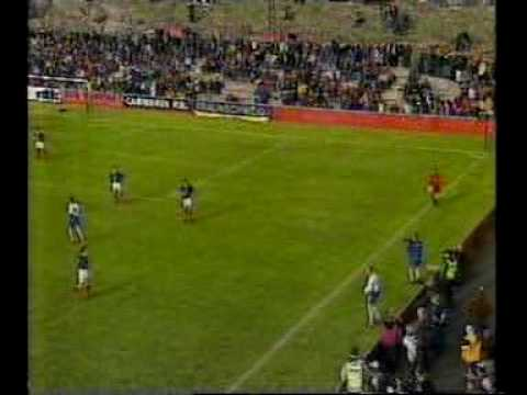 Faroes - Scotland 1-1. Euro 2000 qualifiers. 2nd half. The last and sweet minutes...