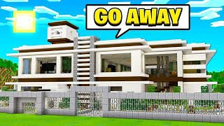 FINDING THE SMARTEST MINECRAFT HOUSE! thumbnail
