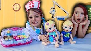 Biankinha finge ser médica e salva OS GÊMEOS BABY ALIVE ♥ Pretend Play With Doctor