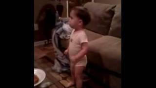 Toddler dancing to X Factor Rap.3gp