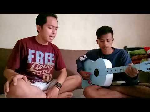 Secawan madu Kristina( Cover Radit & Nanang-gitar)