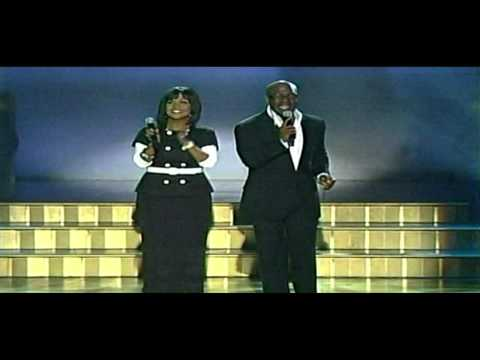 """BeBe and CeCe Winans""--""Close To You""--(LIVE)"