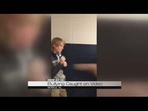 Alabama middle school bullying video goes viral