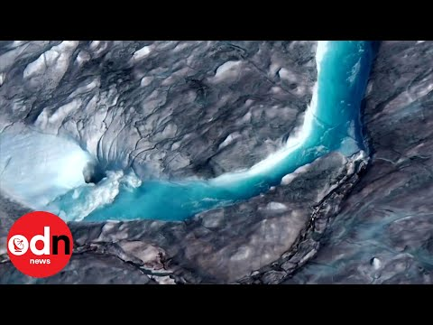 Heat wave hits Greenland, melting 11 billion tons of ice