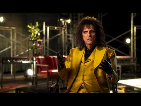 Jesus Christ Superstar ||  Alice Cooper Interview || SocialNews.XYZ
