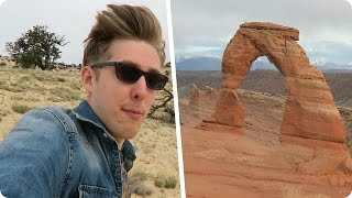 Hiking to the Delicate Arch | Evan Edinger Travel