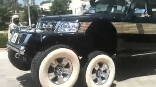 Six Wheeler SUV