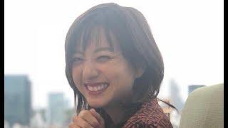 AAA 元気が出る!伊藤千晃かわいい笑顔画像集 動画のアクセントにちあき...