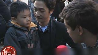 """Vater in Paris nimmt Sohn auf rührende Weise die Angst: """"Die Blumen sind da, um uns zu beschützen"""""""
