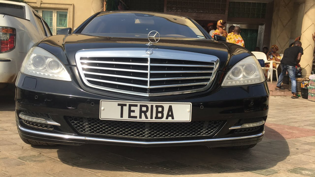 Download Lanre Teriba show his new Benz s550 @kayode Adebayo's wedding