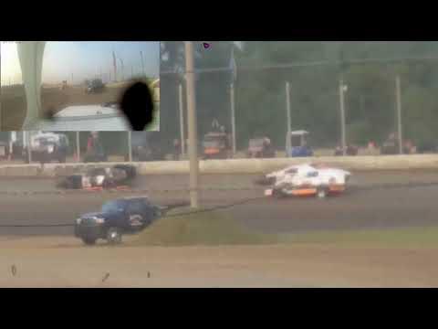 8/18/18 Spencer Stock 28s Deer Creek Speedway Wissota Midwest Modified Heat Race