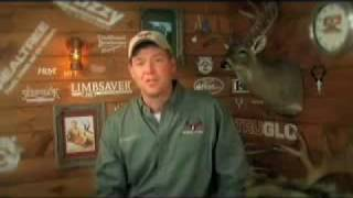 Bear Attack Easton Bowhunting TV