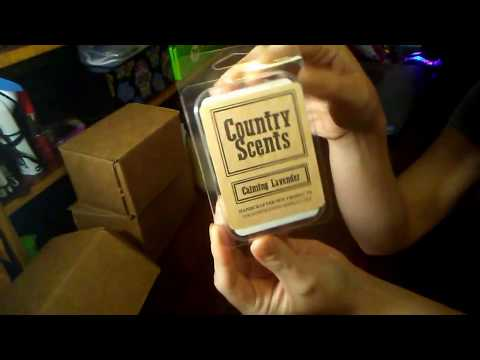 Country Candles With Kari! First Impression, Reveal & Review!
