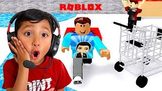 5 YEAR OLD PLAYS ESCAPE THE GROCERY OBBY | ROBLOX | FAMBAM GAMING