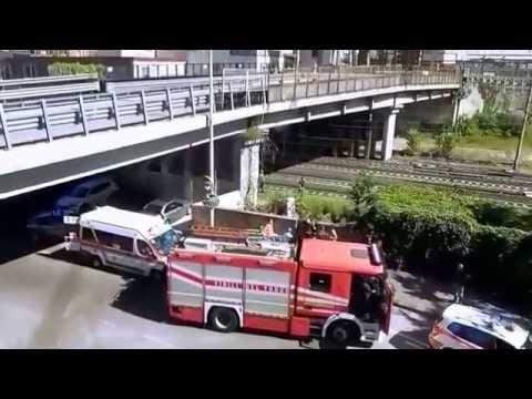 TENTATO SUICIDIO A SESTO SAN GIOVANNI DAL CAVALCAVIA BUONARROTI