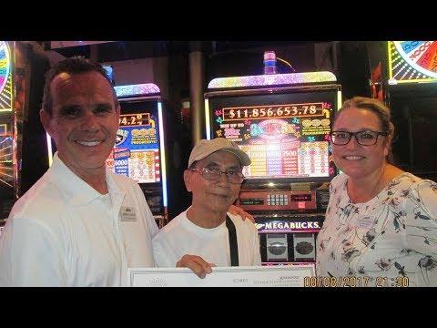 $11.8 million jackpot won in Las Vegas - YouTube