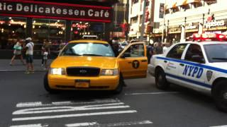 NYPD - RARE NYPD UNDERCOVER NYC YELLOW CAB UNIT