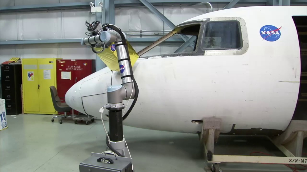 How Universal Robots and RoboDK automate NASA's fuselage inspection