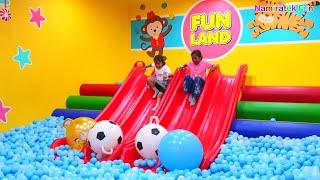 Anak bermain Mainan Anak Main Perosotan Mandi Bola Baru Indoor Playground di mall