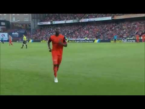 Dundee United's Wato Kuate ridiculous meltdown vs Hamilton 25/05/17