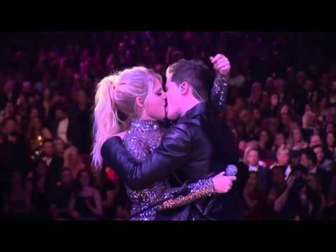 Meghan Trainor & Charlie Puth - Marvin Gaye AMAs 2015