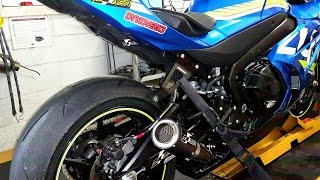 Quick look this time of the regular 2017 GSXR 1000 with a bit of a ...