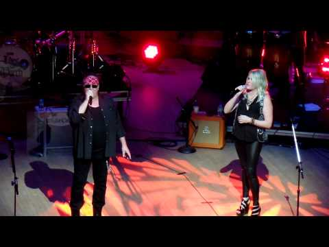 Almost Paradise- Mike Reno and Cathy Richardson World Stage 2015