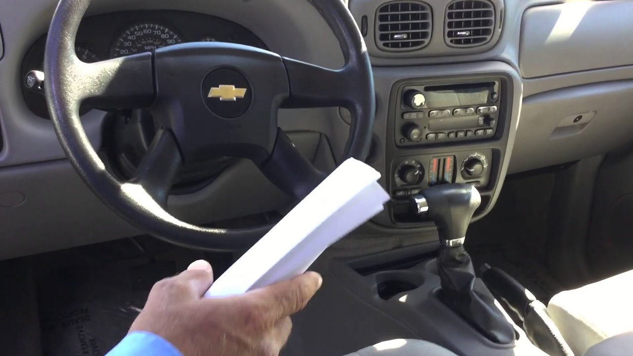 Hello Nena Check out this video on the 2008 Chevy Trailblazer here