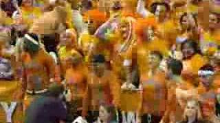 Coach Bruce Pearl cheers on Lady Vols