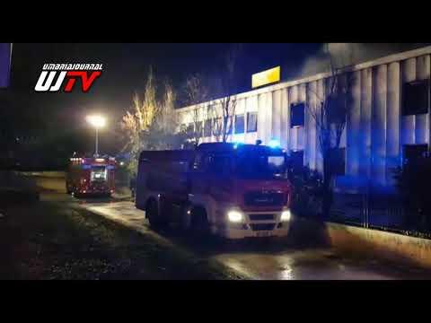 Perugia, grosso incendio capannone a Santa Andrea delle Fratte,  il video
