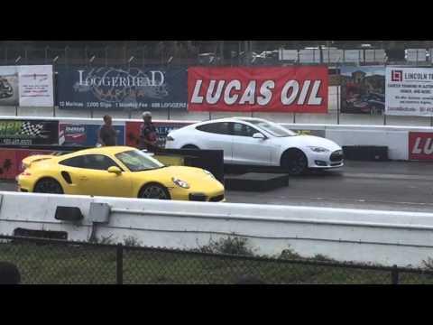 Tesla Model S P85D vs. Porsche 911 Turbo
