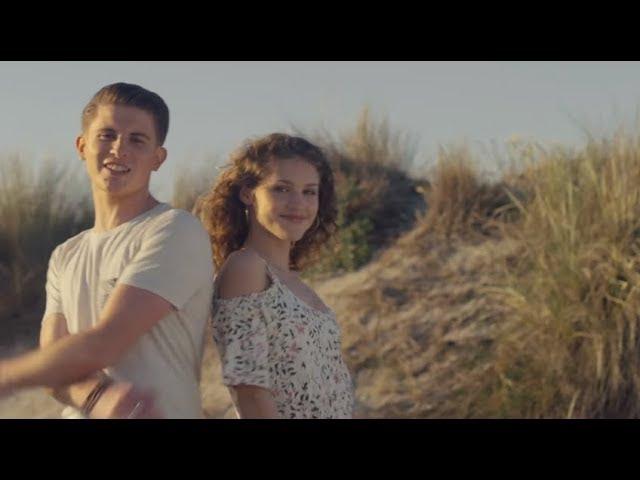 lou-adryano-une-fille-du-soleil-mi-eldorado-clip-officiel-lou-musique-officiel