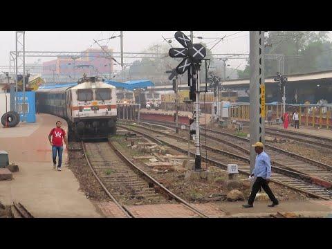Katni Jabalpur Journey Compilation : Chitrakoot Express - High Speed Electric Loco Run.