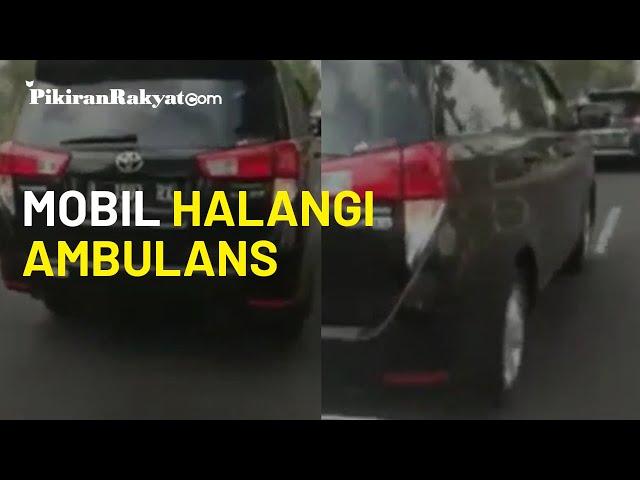 Viral Video Mobil Halangi Ambulans di Mojokerto, Driver Bisa Kena Kurungan Penjara