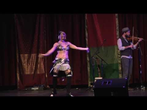 Sparrow dances with The Resonant Rogues at 3rd Coast Tribal 2014
