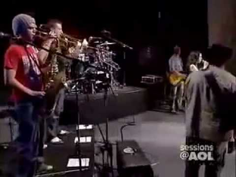 Amy Winehouse - You Sent Me Flying at Session @ AOL music