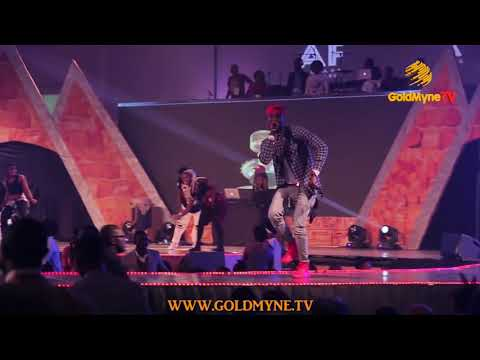 AFRIMA 2015: WATCH KISS DANIEL WIN BIG AND ENTICE THE CROWD WITH HIS EXCITING PERFORMANCE