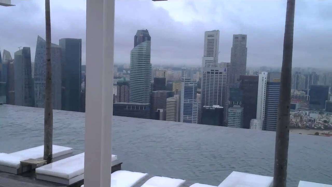 Piscina en hotel marina bay sands singapur youtube for Piscina singapur