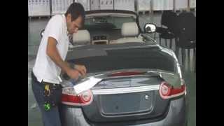 Оклейка спойлера автомобиля Jaguar пленкой RITRAMA CYBERKROME