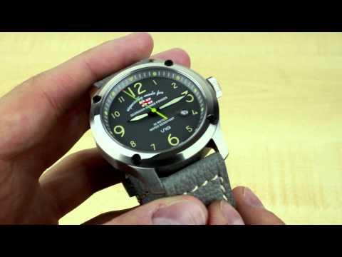Uniq GAF Watch Review