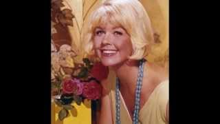 Video Doris Day // Pillow Talk download MP3, 3GP, MP4, WEBM, AVI, FLV Agustus 2018
