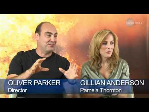 Rowan Atkinson, Oliver Parker, Gillian Anderson & Rosamund Pike - Johnny English Reborn - Interview Mp3