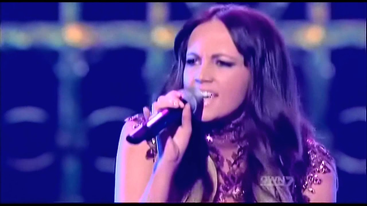 samantha-jade-run-to-you-xfactor-australia-top-9-performance-show-samantha-jade-fan