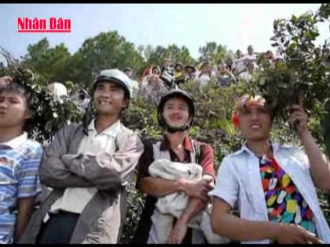 Trục vớt xe khách bị nạn và tìm kiếm các thi thể nạn nhân ở Hà Tĩnh